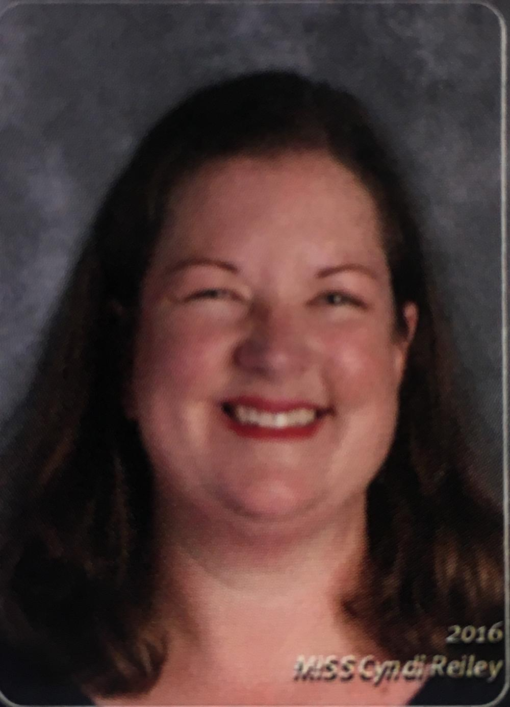 Picture of teacher Cindy Reily.