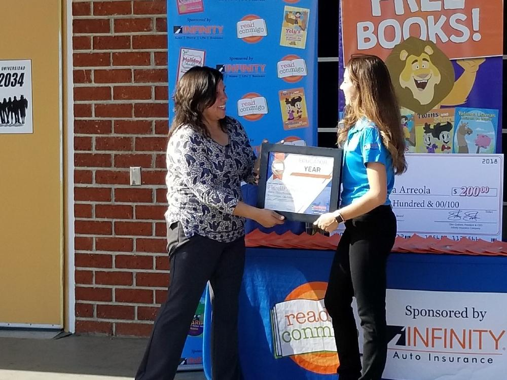 Mrs. Arreola receives her bilingual teacher of the year award