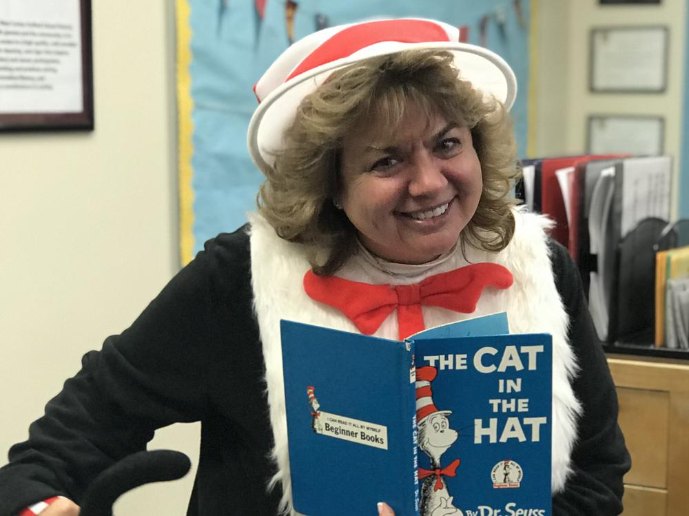 Ms. Geer ready to read to her students