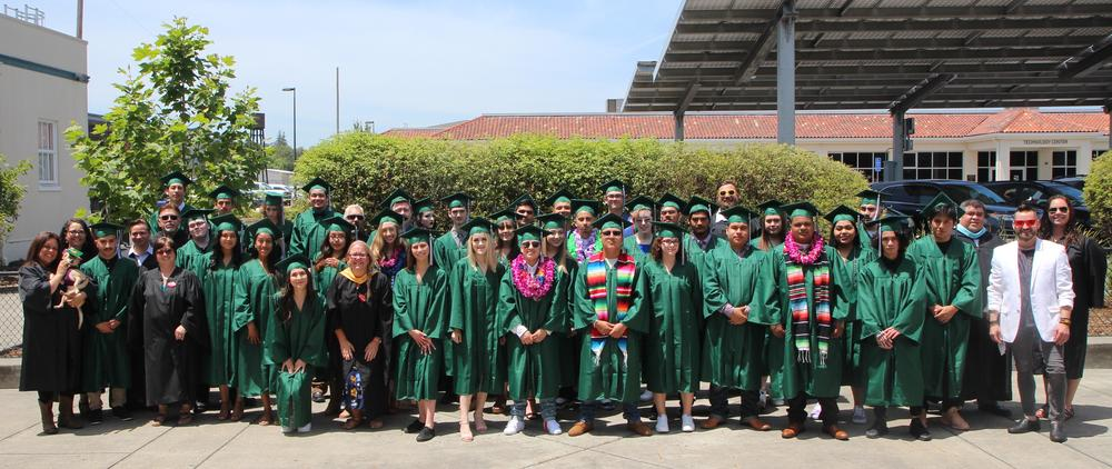 Valley Oak 2019 graduates