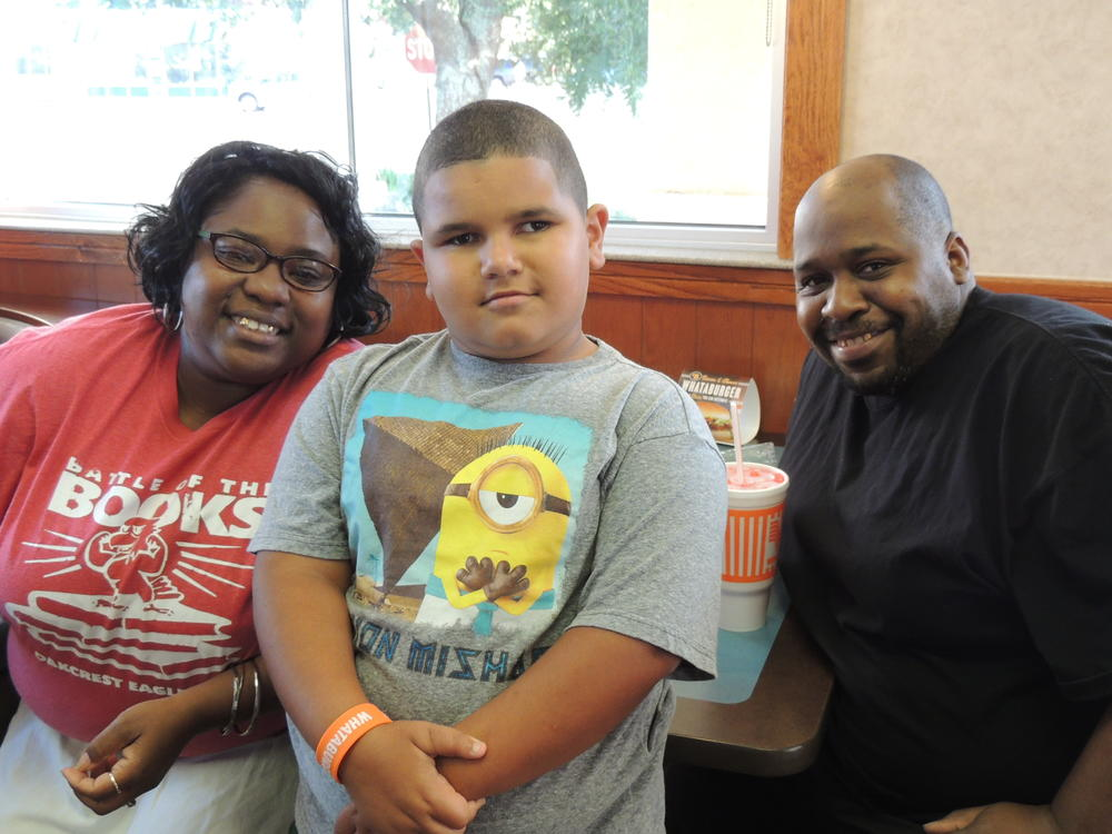 Whataburger night and Muffins with mom 023