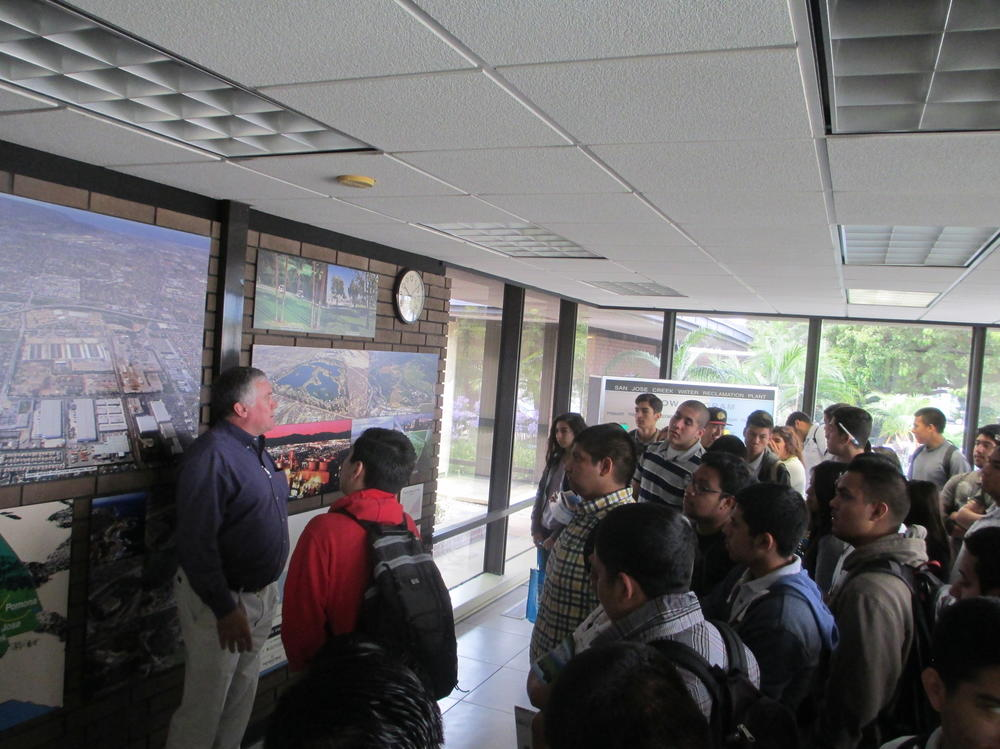 Slideshow of ACE students on a fieldtrip