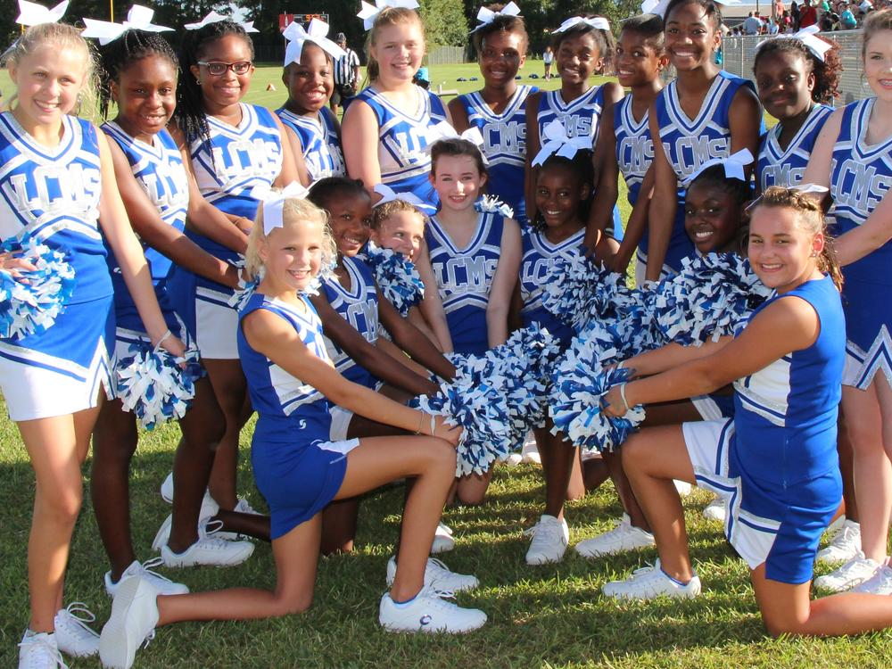 Athletics Middle High School Cheerleading