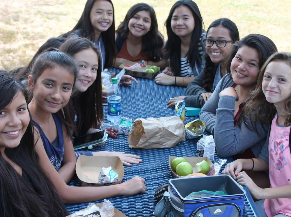 EMS Students eating lunch