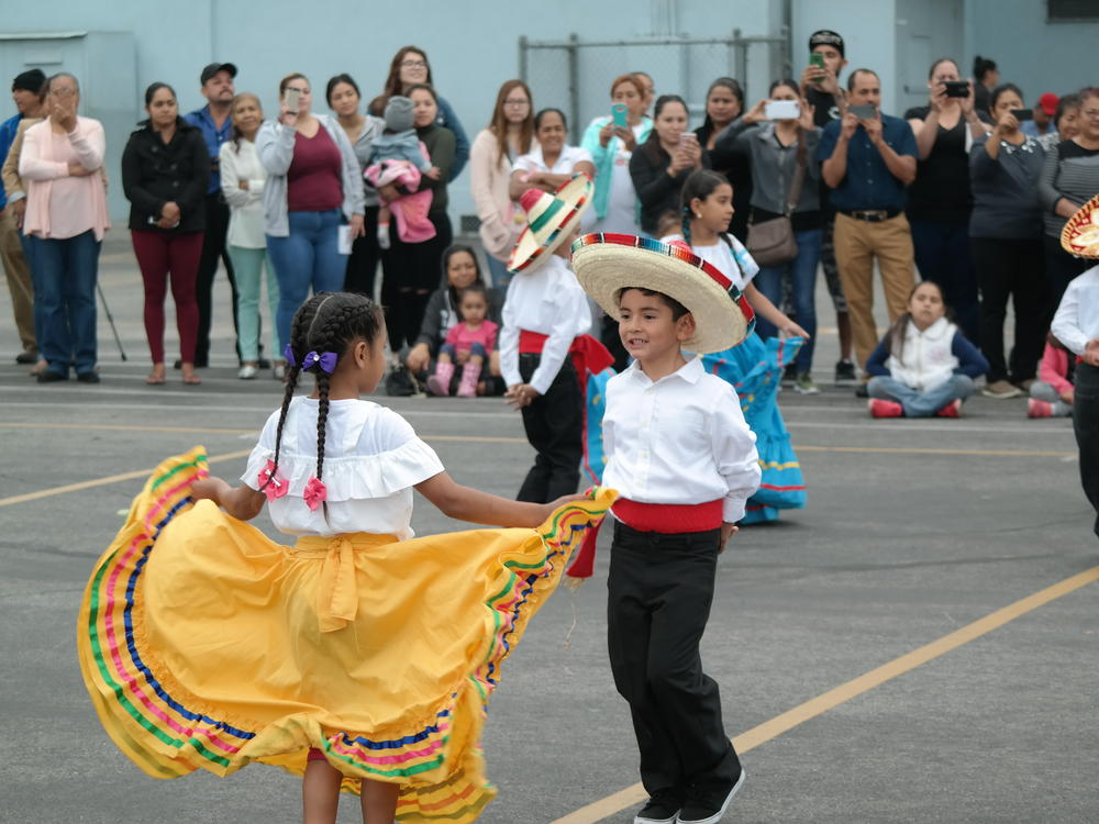 Multicultural Performance 2016a