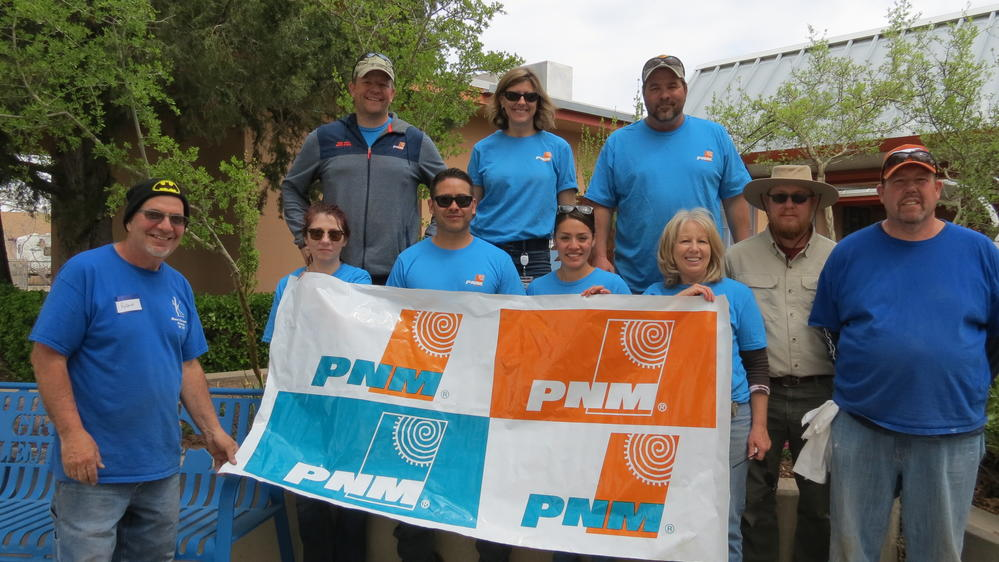 PNM Volunteers helping Griegos get ready for Spring