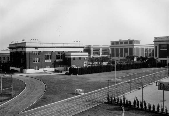 Jefferson_High_rear_00026113_1920.jpg