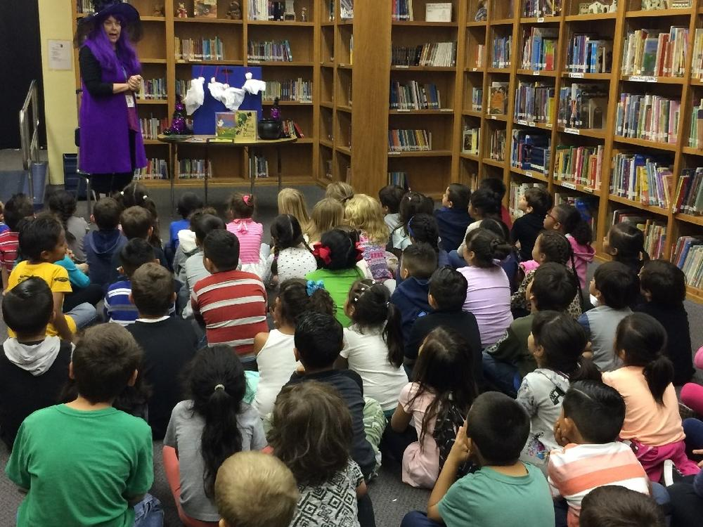 Mrs.Xavier from the Sunland-Tujunga branch stopped by to read to all of  kindergarten and second grade!