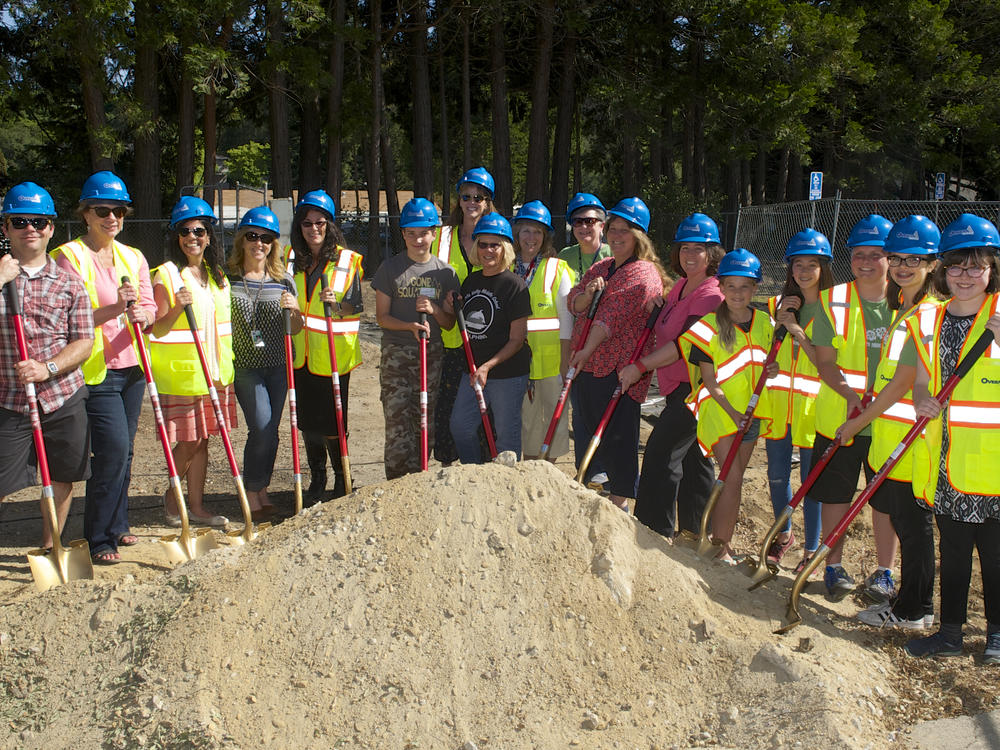 SVMS Staff and Students at SVMS Groundbreaking event