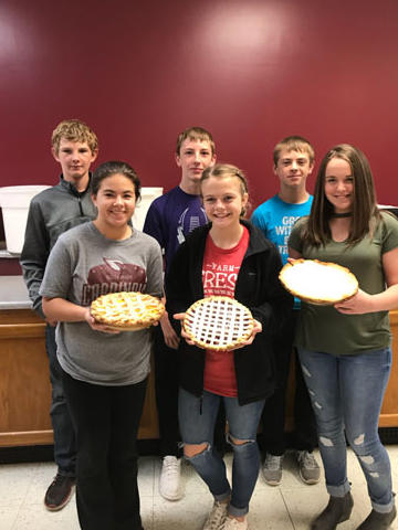 Here are the results of the pie making! Yummmmm!