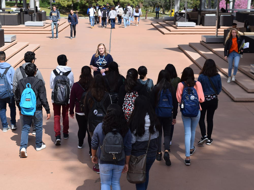 9th and 10th Grade Advisory Field Trip to UC Irvine