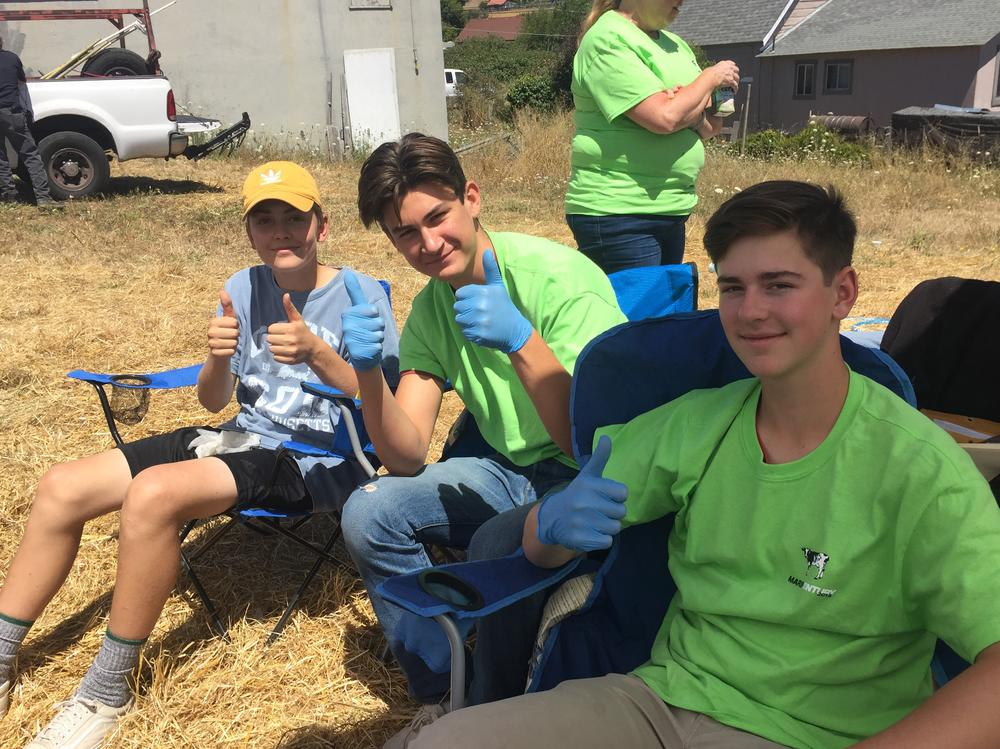 Great turnout for the Class of 2021 volunteering at the 2018 Marin Century Rest  Stop at Valley Ford. All proceeds will benefit Safe and Sober Grad Nite. Thank  you students, parents, siblings and SRHS STAFF for assisting and supporting  these amazing bikers who honestly appreciated seeing smiling faces and  fantastic food! You all ROCKED IT. Another opportunity to volunteer will be for  next summer. Date will be announced soon.