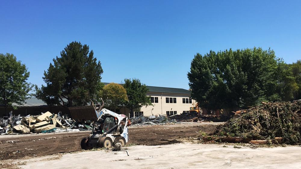 San Ramon Valley HS New Classroom Building project demo begins