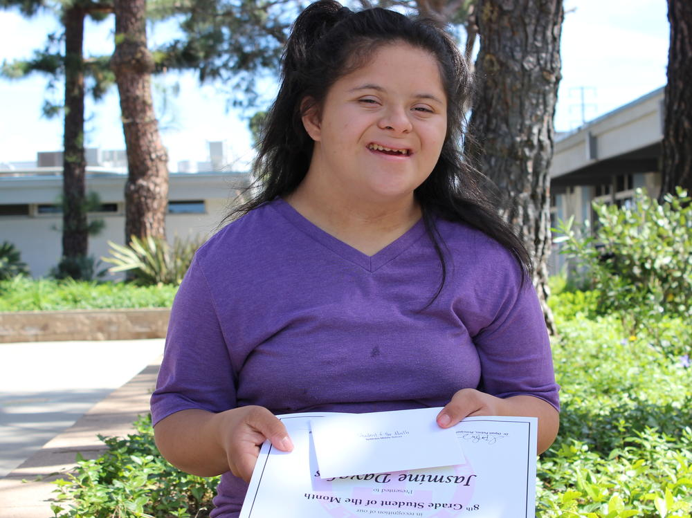 Picture of 8th grade student of the month - Jasmine Davalos