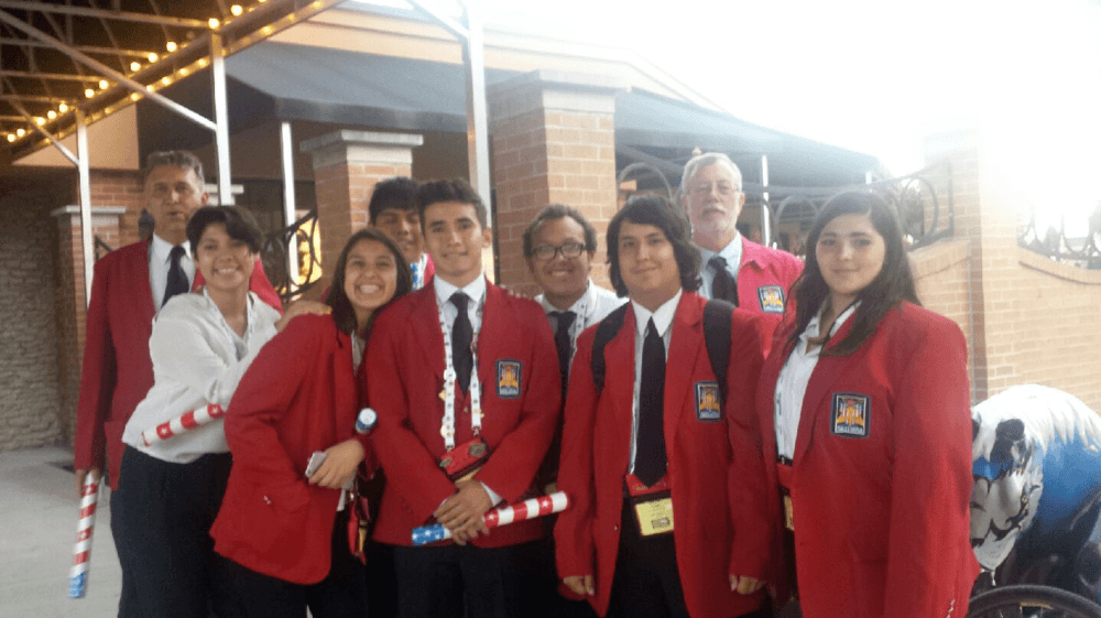 Members of West Mesa s first graduating class visit our campus
