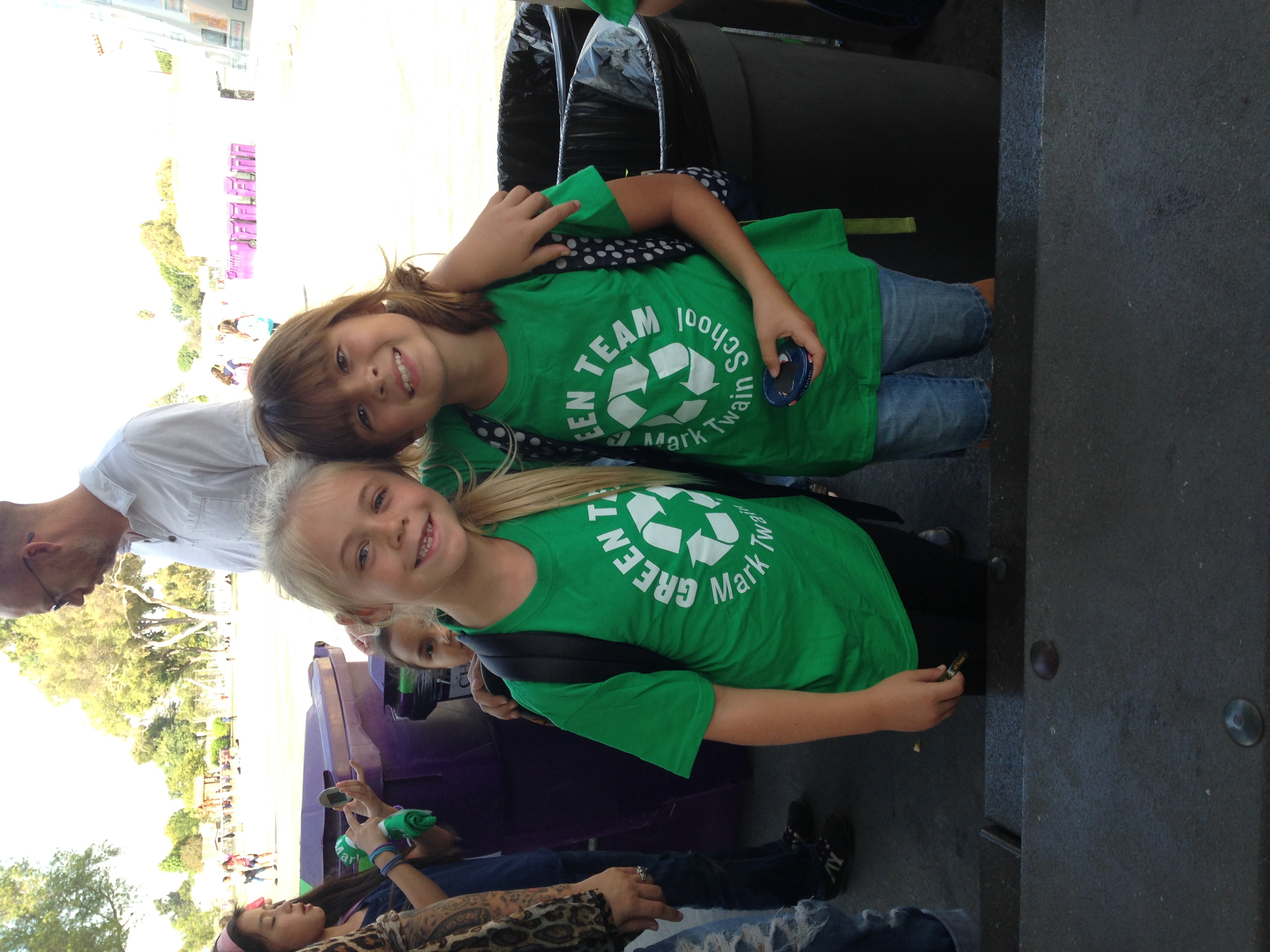 green team friends