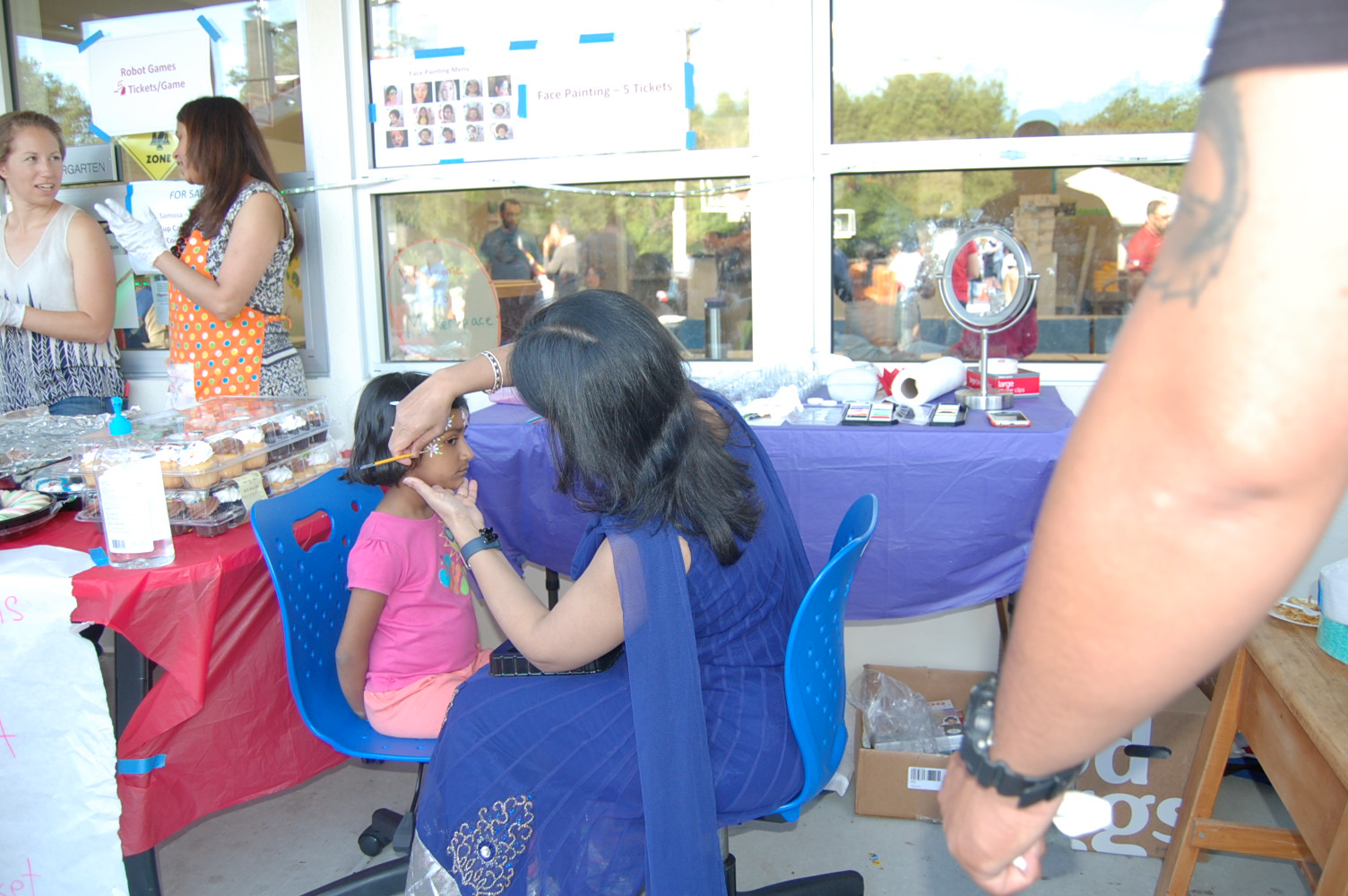 Multicultural Night 2017 face painting