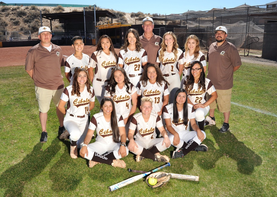 Group photo of girls softball team