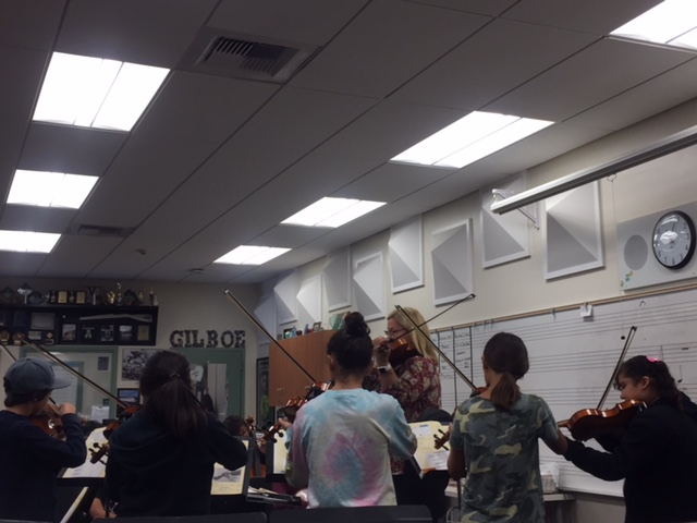 beginning strings class with Patty Awaa