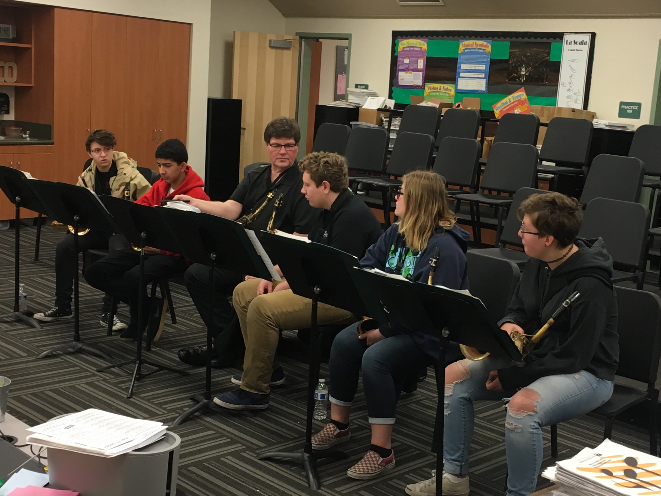 CMHS saxes get pointers from sax pro Jay Mason at the Big Band workshop