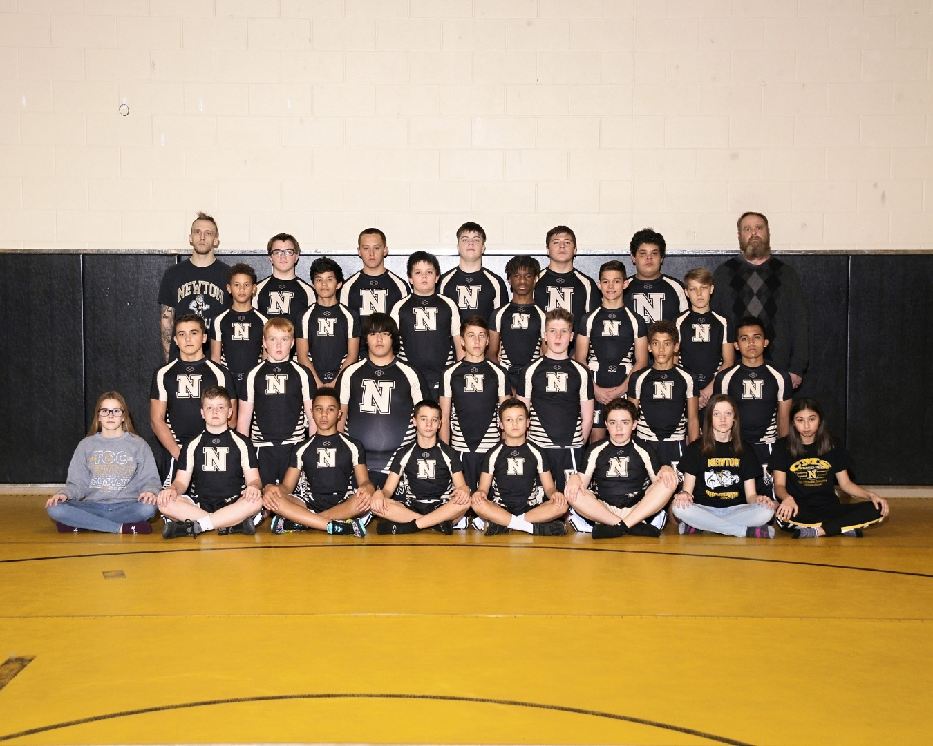 wrestling team group photo