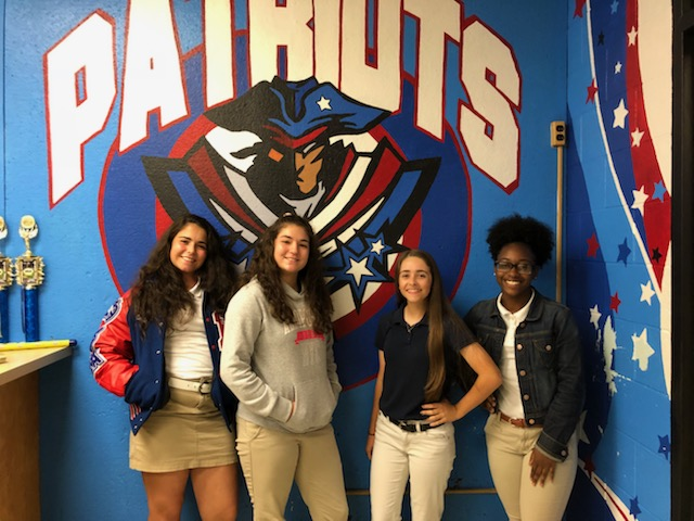 Picture of Emily Comeaux, Sarah Clement, Lindsey Ugas, and Z'yae Nelson