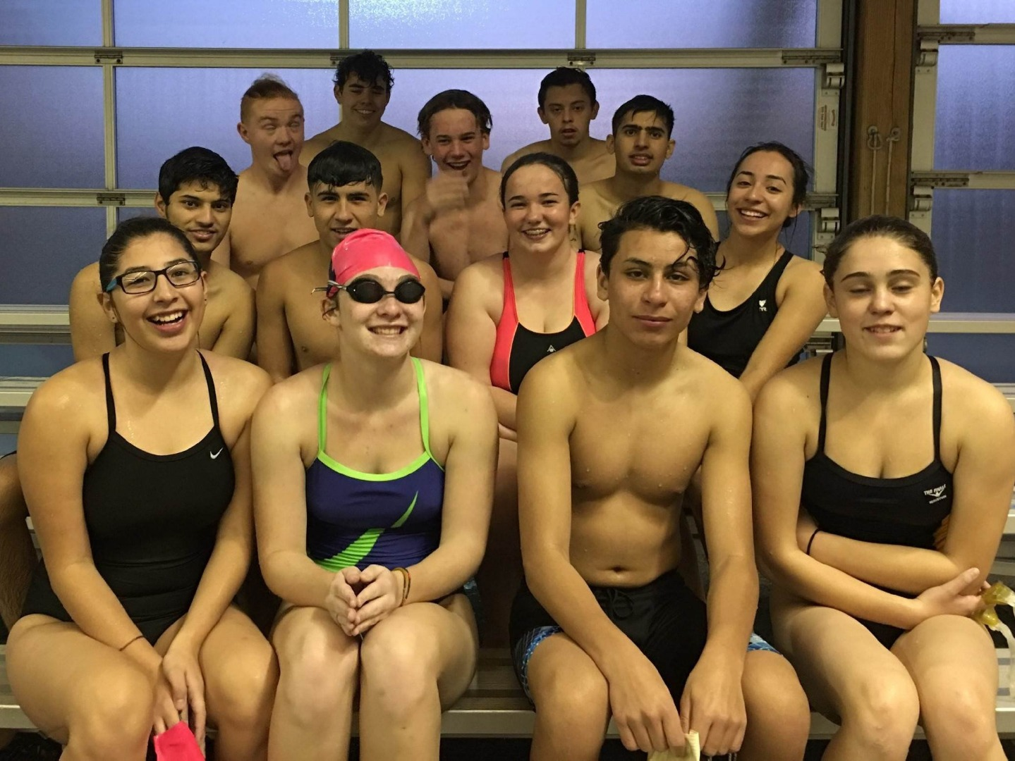 Group photo of the highland swim and dive team
