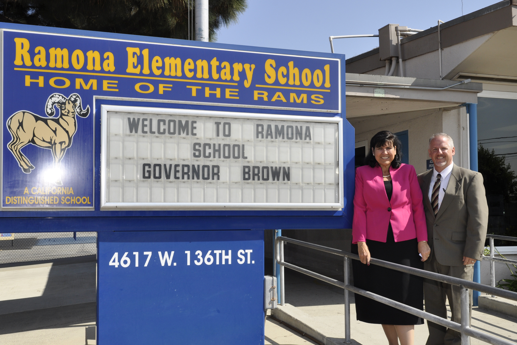 Governor Brown visit (1)