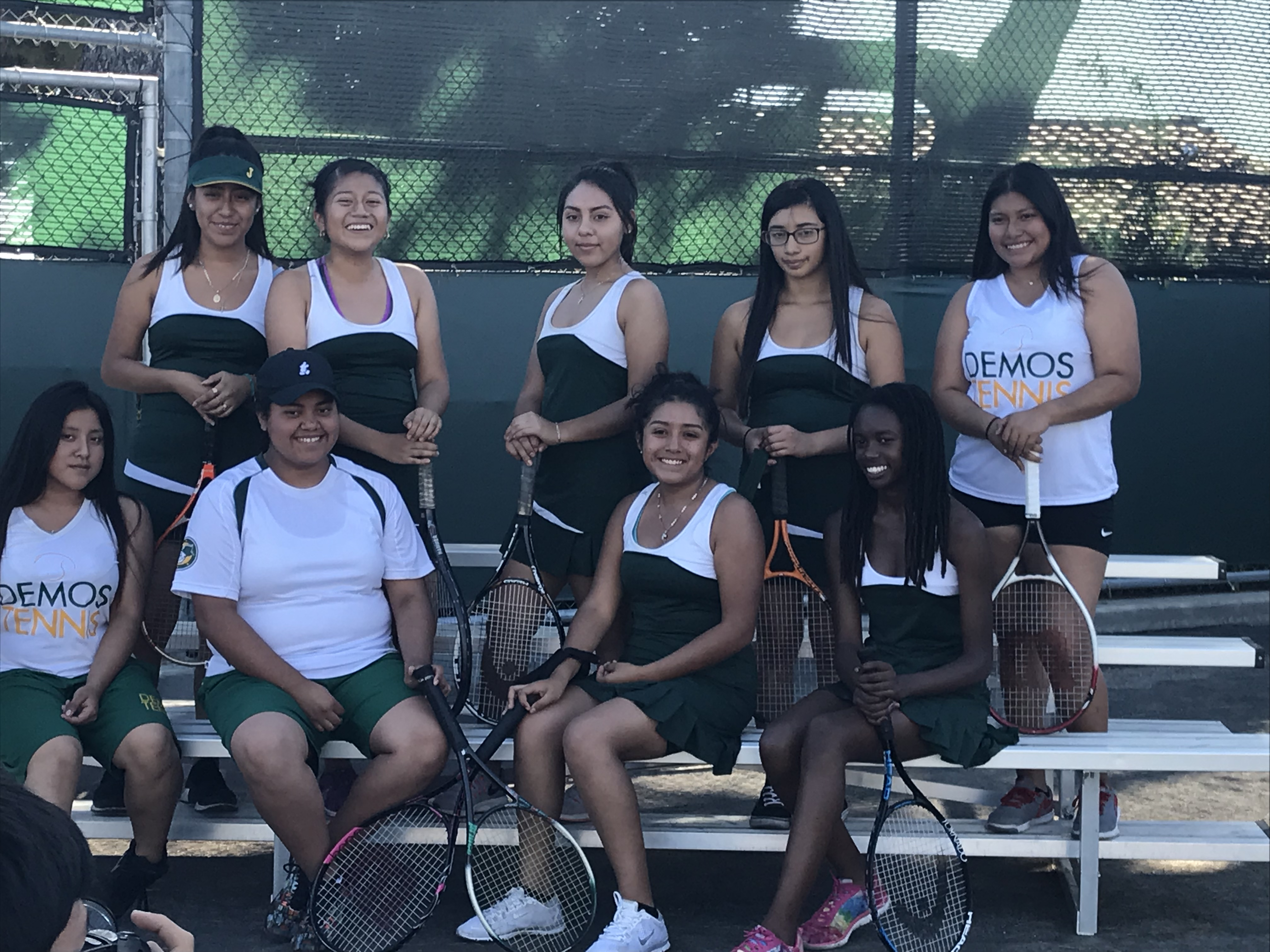 Var Tennis Team IMG-2529.jpeg