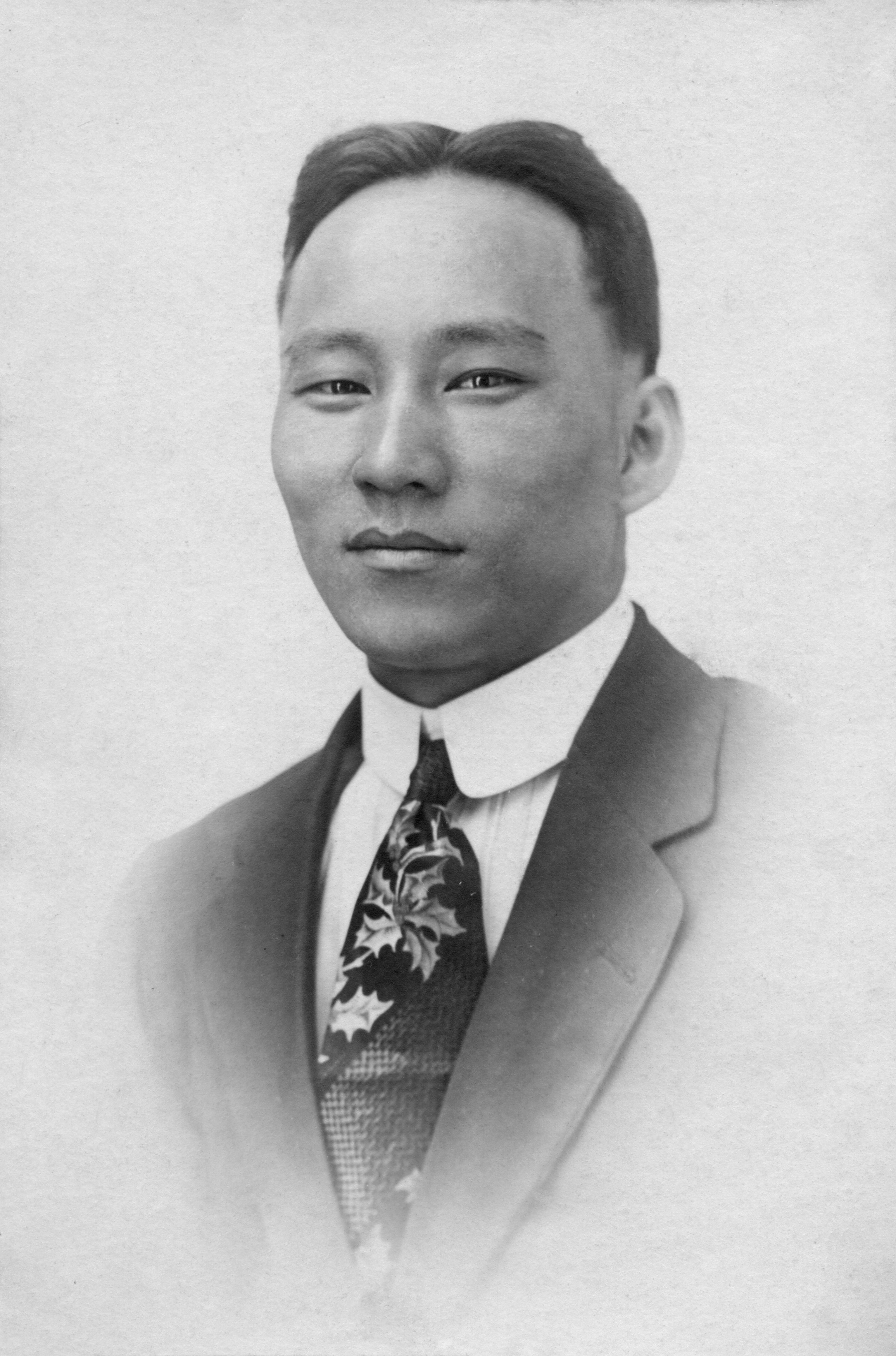 Charles Ho Kim after arrival in the U.S.  1914