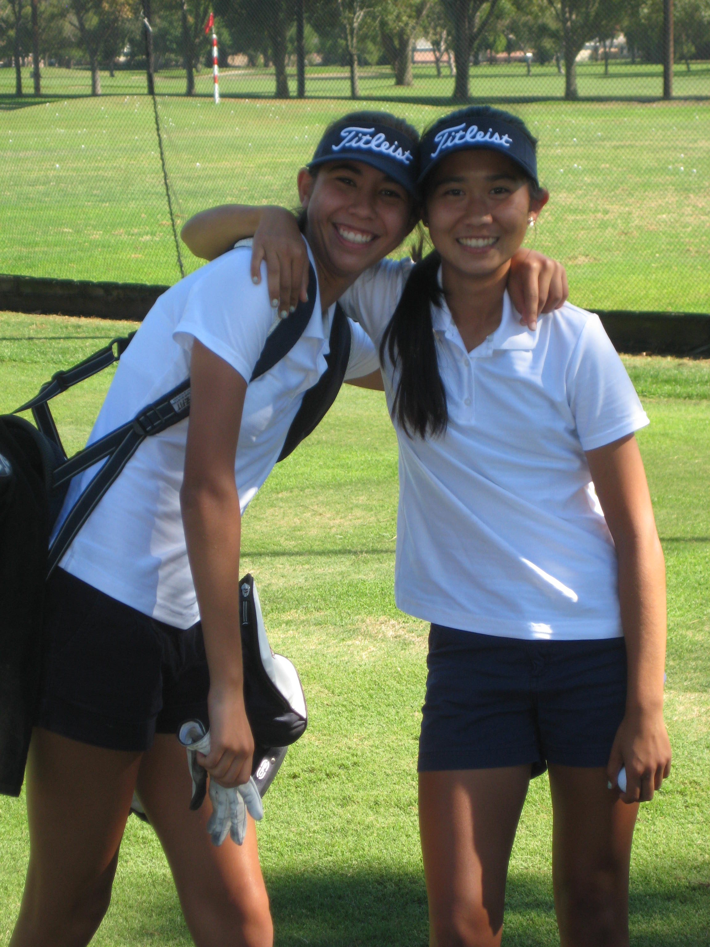 Erika Hilton(l),Samantha Duran on the first tee at El Dorado
