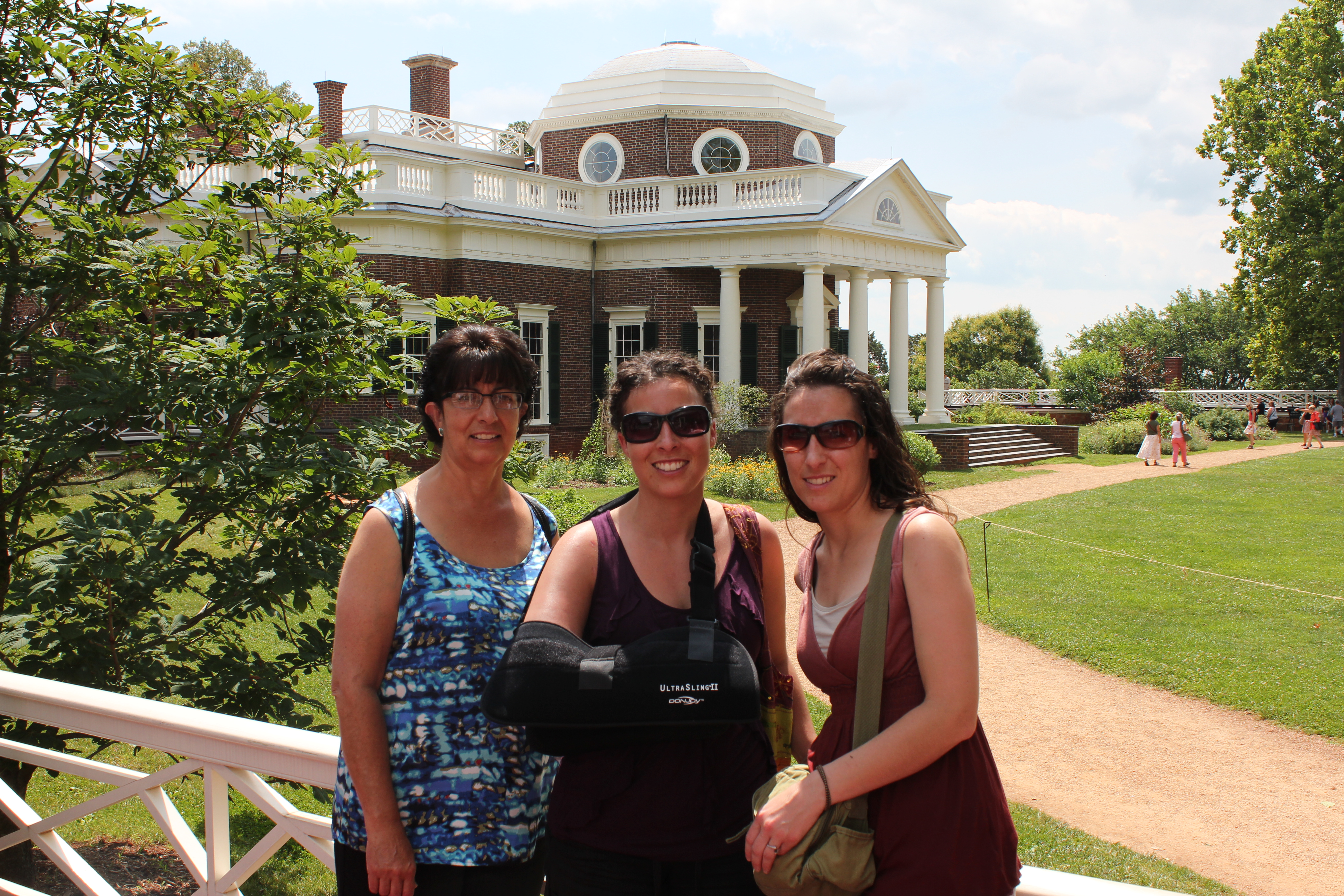 Monticello with my Mother and Sister