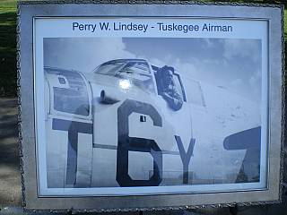 Perry Lindsey Airman