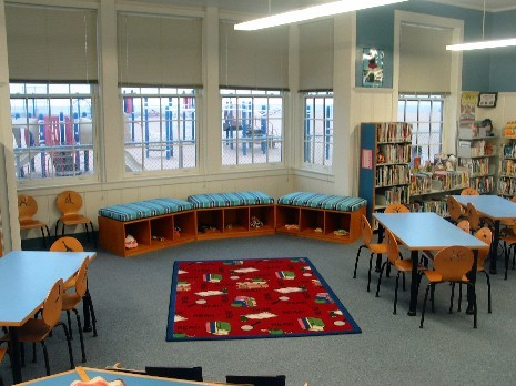 Newport El Library reading nook