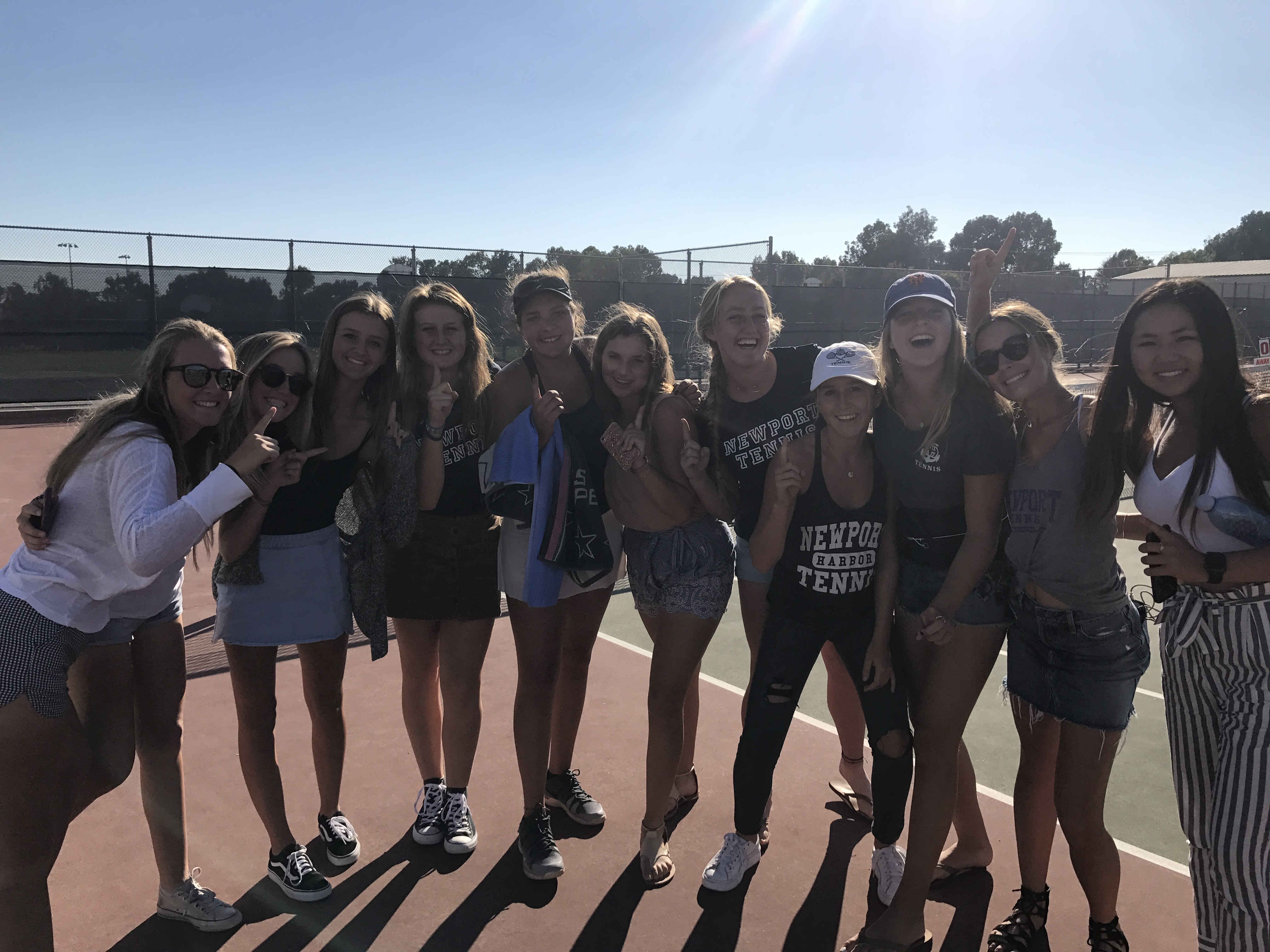 Nicole Knickerbocker is the 2017 Sunset League Singles Champion and finishes  regular season play at 55-3! SO GOOD Nic!