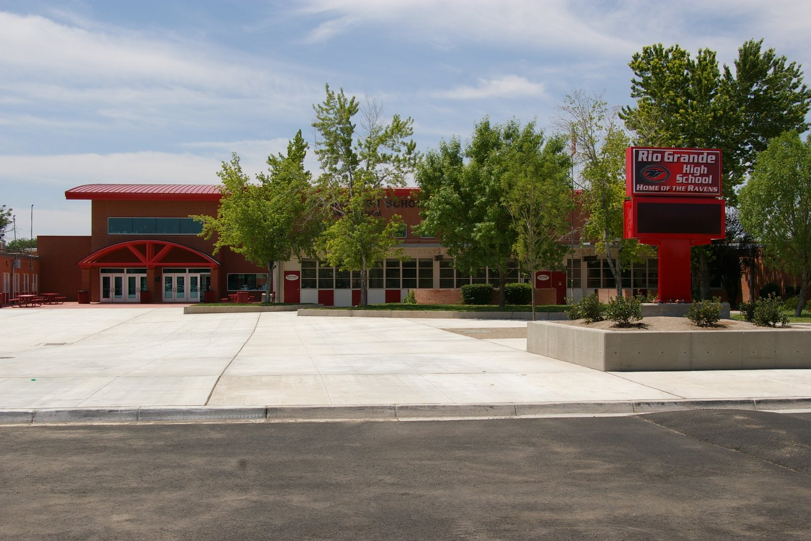 Rio Grande High School Entrance